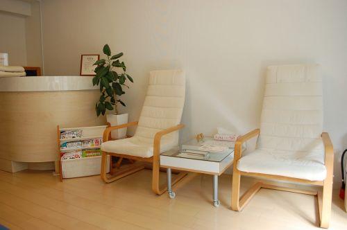 椅子 / 大井町整体院